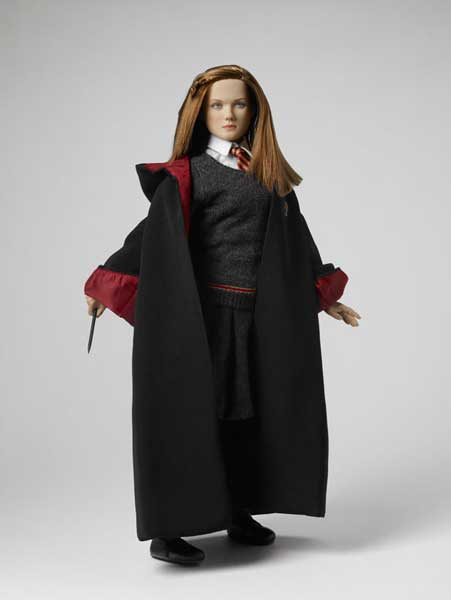 Ginny Weasley at Hogwarts Tonner Doll