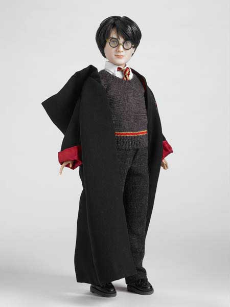 Gryffindor Robe For 12 Inch Tonner Dolls
