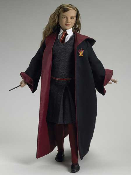 Hermione Granger at Hogwarts Tonner Doll