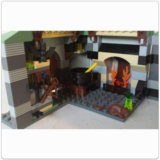 LEGO® Set 4754 – Hagrid's Hut