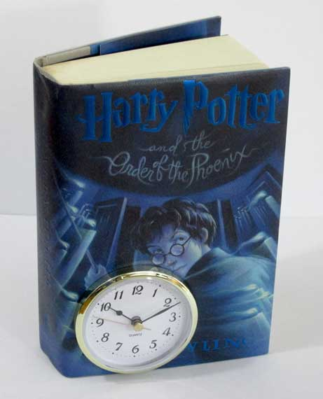 Clock made from a Harry Potter book