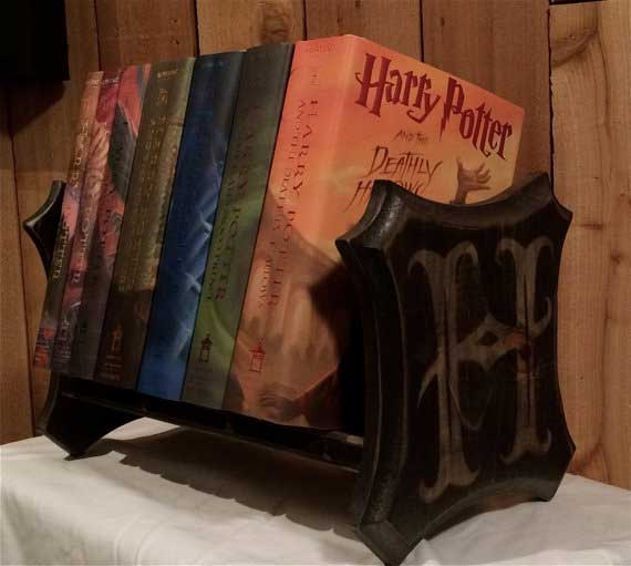 Book holder with 'H' for Hogwarts or Harry Potter on both ends