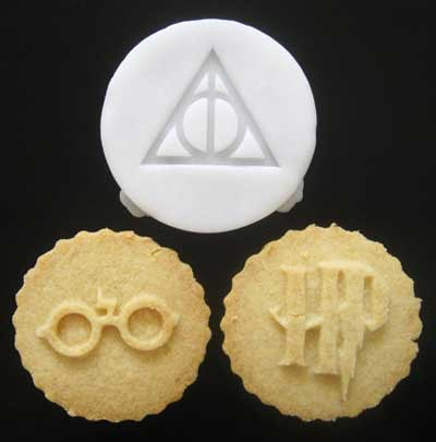 Cookie cutters inspired by Harry Potter