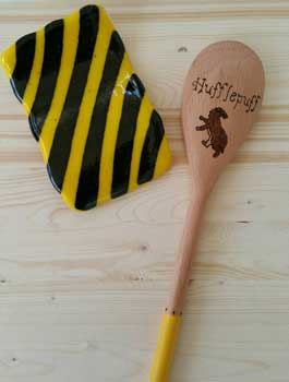 Spoon rest inspired by Hufflepuff house
