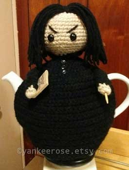 Tea cozy inspired by Professor Snape